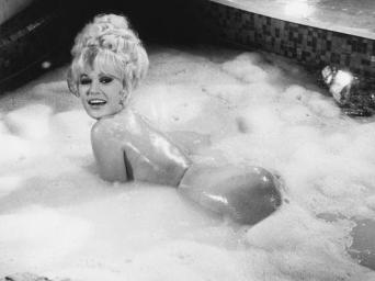Mamie Van Doren in Three Nuts in Search of a Bolt.