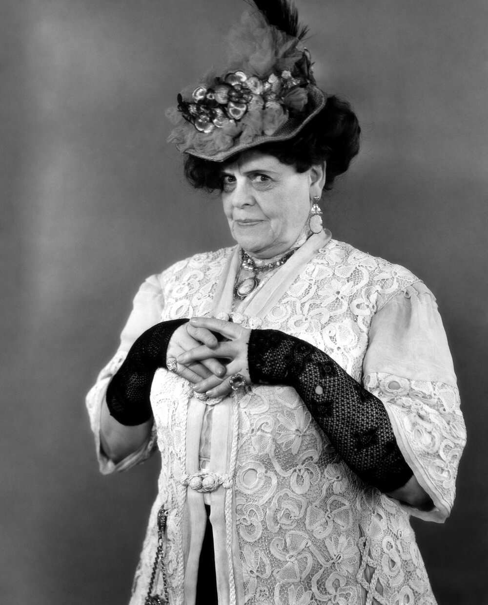 Marie Dressler, the First Female Star to Conquer Hollywood's Ageism (Make  Me Over, Episode 3) — You Must Remember This
